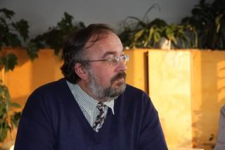 Girkalnio pagrindinės mokyklos  istorijos mokytojas  Stanislovas Feiza